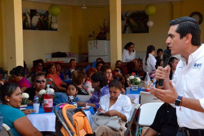 Festeja PAN BCS a mamás de La Paz y de los Cabos.