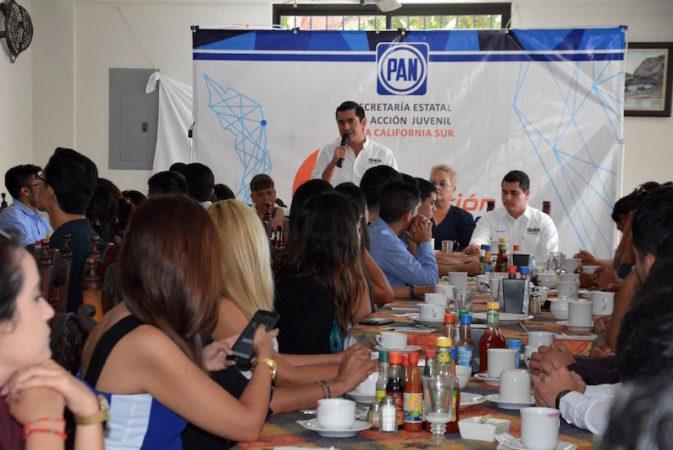 Acción Nacional realiza primer encuentro con líderes universitarios.