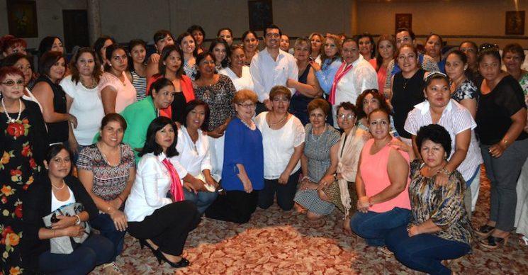 """Capacita PAN a mujeres de todo el estado sobre """"Empoderamiento de Liderazgos Femeninos""""."""