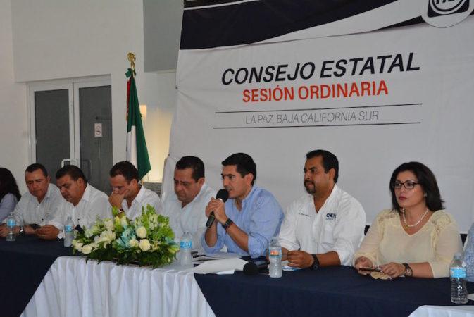 Presenta Rigoberto Mares informe de actividades ante el Consejo Estatal del PAN en BCS.