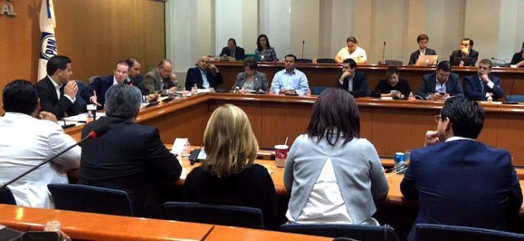Acción Nacional se compromete con los ciudadanos y aprueba normas reglamentarias de la Comisión Anticorrupción del partido.