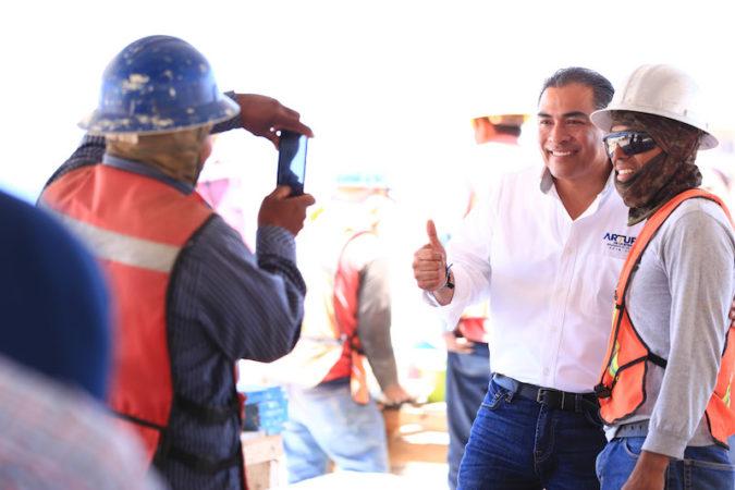 Trabajadores y sus familias tendrán un lugar seguro donde vivir: Arturo De la Rosa