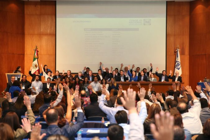 El Consejo Nacional del PAN aprueba por unanimidad a integrantes de la Comisión Organizadora Nacional de la elección del CEN