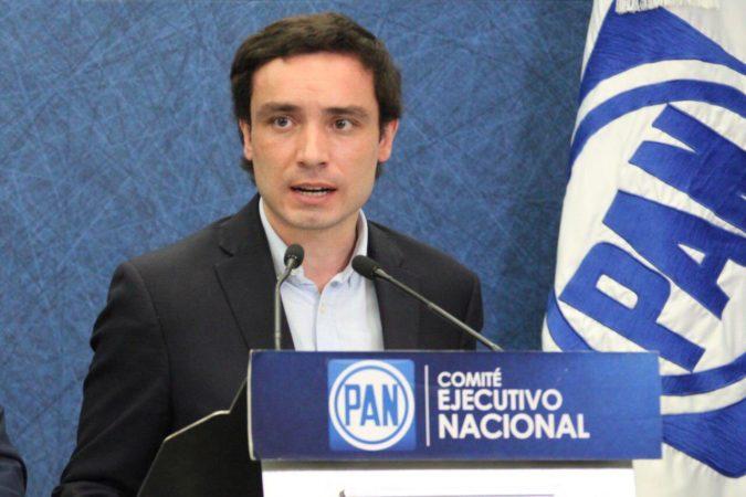 """""""No al derroche, no a Dos Bocas"""": pide PAN cancelar construcción de refinería ante desplome de los precios del petróleo"""