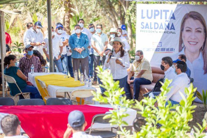 Delegado de La Ribera se suma a Lupita Saldaña