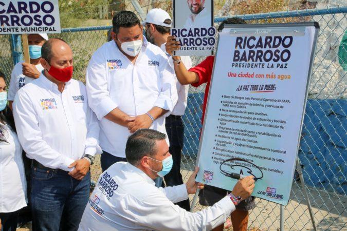 Agua las 24 horas del día, los 7 días de la semana: 6to compromiso de Ricardo Barroso con La Paz